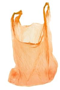 sac plastique orange sur fond blanc